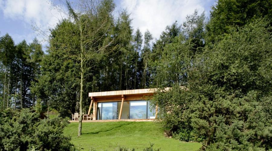 Lodge exterior view